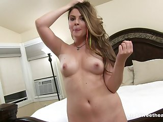 Homemade video of trimmed pussy Cali Hayes possessions fucked good