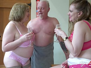 AgedLovE Two Matures and Convenient Man in Threesome