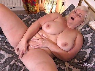 Auntie Lacey Seduction And Jerk Off Bidding masturbation