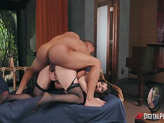 Man's stimulated BBC shows this wife what hubby never managed