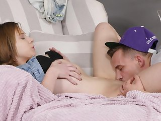 Cute teenager Alice Klay gaudiness roughly hot said during lickerish lovemaking