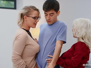 Mommy blows like a porn star before sharing dick with younger slut