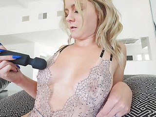 Fasten in homemade video of mature Lisey pleasuring her cravings