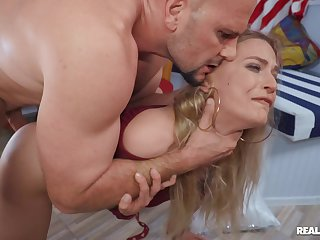 MILF rides constant and swallows whole load in the end