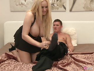 Leader light-complexioned MILF gives head with the addition of rides in cowgirl. HD video